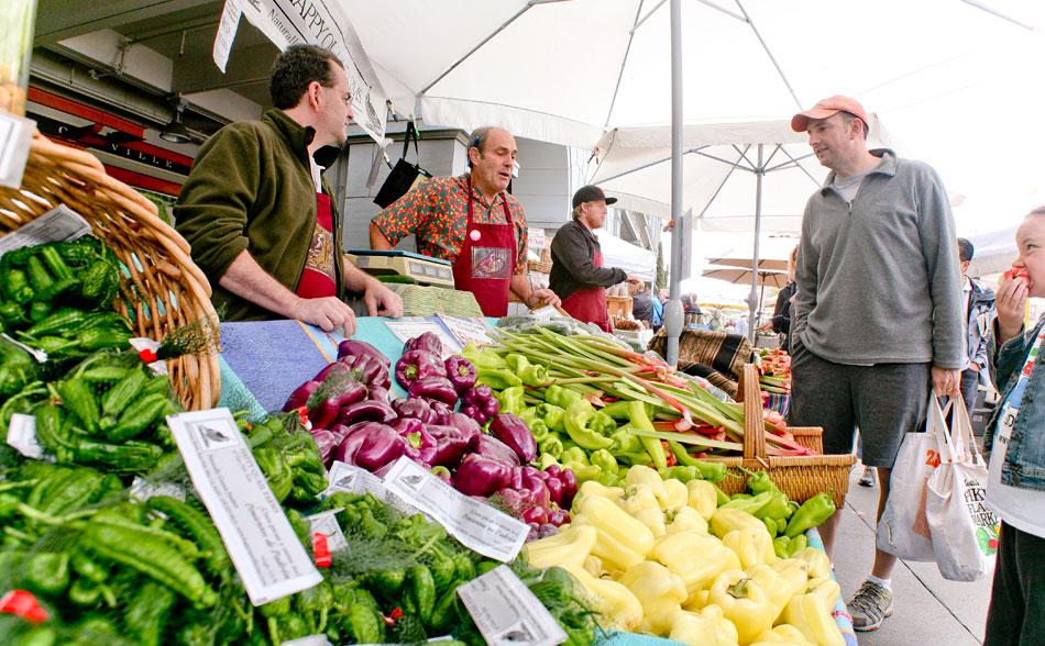 Farmers Markets Thrive While Concerns Grow « News21 2011 ...