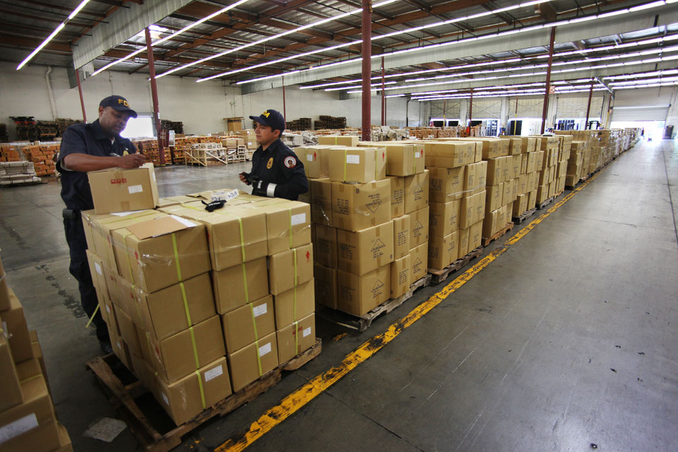 inspectors struggle to keep up with flood of imports news21 2011